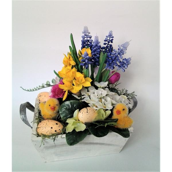 kvetinová dekorácia s kuriatkami 25 x 15 x 25 cm